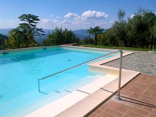 3 bedroom Apartment with Shared Outdoor Pool in Reggello - Reggello vacation rentals