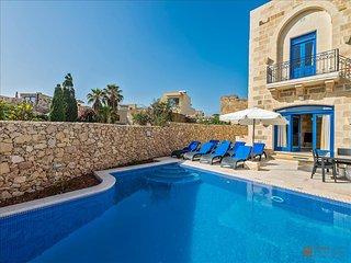 4 bedroom Villa with Internet Access in Munxar - Munxar vacation rentals
