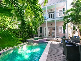 The Pink House: Private Pool & Parking, Walk to Restaurants, Bars, Beach - Key West vacation rentals
