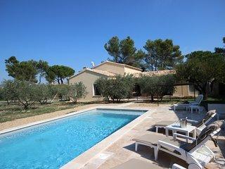 Villa Olivade - Eygalieres vacation rentals