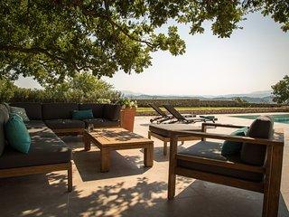 6 bedroom Villa with Parking in Gordes - Gordes vacation rentals