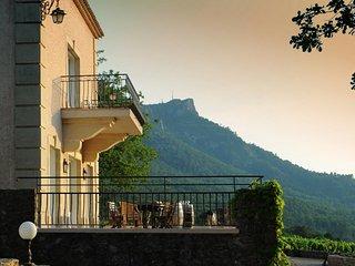 Perfect 8 bedroom Villa in Aix-en-Provence - Aix-en-Provence vacation rentals