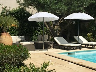 Les Volets Gris - Saint-Remy-de-Provence vacation rentals