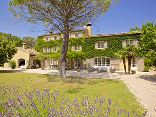 Lovely Villa with DVD Player and Private Outdoor Pool - Aix-en-Provence vacation rentals