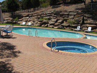 Nice Studio with A/C and Shared Outdoor Pool - Wirrina Cove vacation rentals
