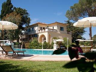 Nice 2 bedroom Apartment in Vada - Vada vacation rentals