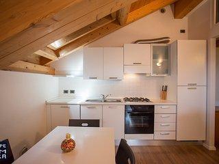 Appartamento VERDE romantica mansarda con WIFI FREE - Lavarone vacation rentals