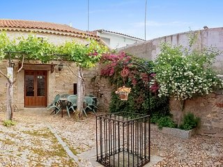 Casa Rural El Vasar - an authentic 3-bedroom house in Añora with a furnished garden – sleeps 8! - Anora vacation rentals