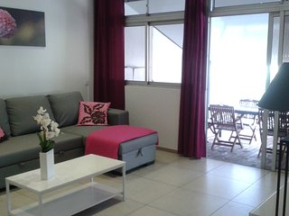 Romantic 1 bedroom Apartment in Papeete with Washing Machine - Papeete vacation rentals