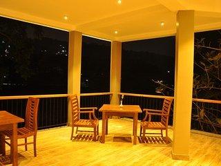 RIVORICH RESIDENCE QUADRUPLE ROOM 102 - Kandy vacation rentals