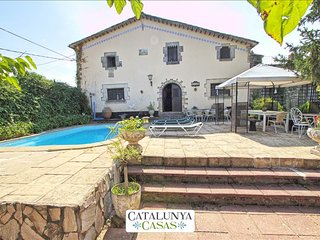 Countryside Villa Campdora for 14 right outside of Girona! - Girona vacation rentals
