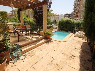 VILLA IN PALMA WITH SWIMMING POOL - Palma de Mallorca vacation rentals
