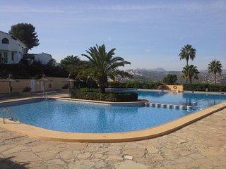 Moraira Villotel Bungalow - sleeps 4 - A/C -Nr Communal Pool - Fantastic Views - Moraira vacation rentals
