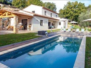 Lovely 4 bedroom Les Brévières Villa with Internet Access - Les Brévières vacation rentals