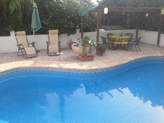 VILLA CALPE-SLEEPS &- POOL- WIFI -AIR CON - Calpe vacation rentals