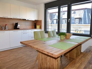 2-Bedroom Furnished Apartment Stuttgart Downtown - Stuttgart vacation rentals