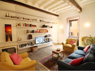 Lavish 2BR Art Apartment by the Trevi Fountain - Rome vacation rentals