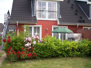Gemütliche Ferienwohnung an der Ostsee, mit Strandkorb, Garten-200m zum Strand - Boergerende vacation rentals