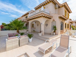 Beautiful Villa in Cabo Roig Torreveija - Cabo Roig vacation rentals
