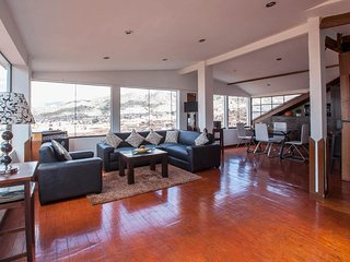 Gorgeous 2 bedroom Condo in Cusco - Cusco vacation rentals