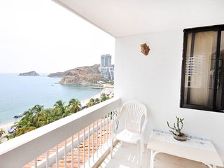 iroka apt balcony with seaview - Santa Marta vacation rentals