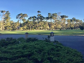 3738 Spyglass Villa XVI ~ On the Golf Greens in World Famous Pebble Beach - Pebble Beach vacation rentals