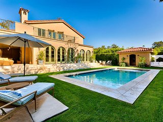 Gorgeous 4 bedroom Villa in Beverly Hills with Internet Access - Beverly Hills vacation rentals