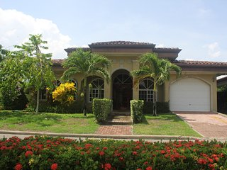 Casa Zen with community pools and walking distance to beach - Playa Bejuco vacation rentals