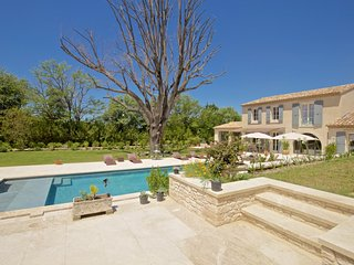 5 bedroom Villa with Parking in Saint-Remy-de-Provence - Saint-Remy-de-Provence vacation rentals