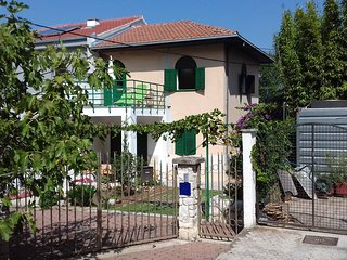 Fantastic apartment NEVICA in green oassis - Split vacation rentals