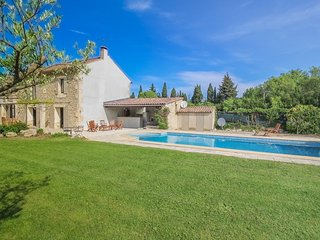 Saint-Rémy-de-Provence, Country house 8p. Private heated pool - Saint-Remy-de-Provence vacation rentals