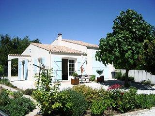 Maison très calme 1 chambre centre ville à Meschers proche Royan - Meschers-sur-Gironde vacation rentals