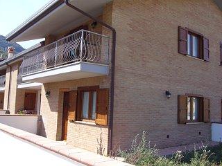 Villetta a schiera, Rovere, Rocca di Mezzo (AQ) - Rovere vacation rentals