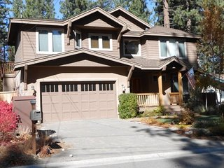 1209L- Custom Home bordering Forest Service land - South Lake Tahoe vacation rentals