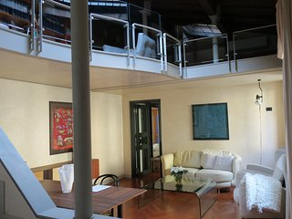 Adam and Claire for 2 people in the city centre- Veronajourneys - Verona vacation rentals