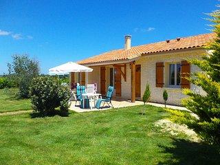 Maison Linchel sfeervolle vakantiewoning met privé zwembad en WiFi - Saint-Medard-d'Excideuil vacation rentals