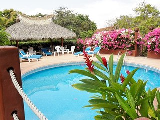 Lovely 1BR. Villa Apartment - Stunning Ocean Views - Pool - Ixtapa vacation rentals