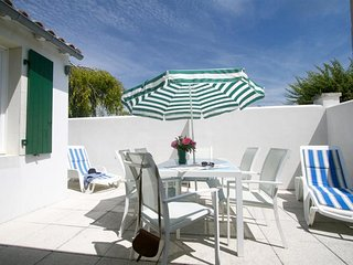 Villa Lyly T2****, Résidence Le Clos Rhea - Saint Martin de Re vacation rentals