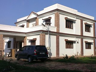 Nice Farmhouse Barn with Television and Satellite Or Cable TV - Ranchi vacation rentals