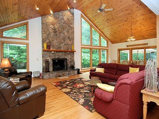 True 'Mountain Majesty' Tucked in the Woods at Timberline Resort! - Davis vacation rentals