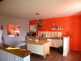 3 bedroom Gite with Internet Access in Gommenec'h - Gommenec'h vacation rentals