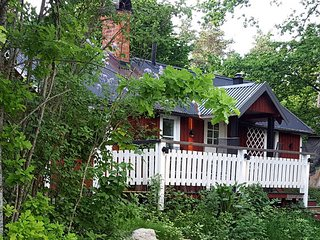 Mini villa close to Stockholm - Stockholm vacation rentals