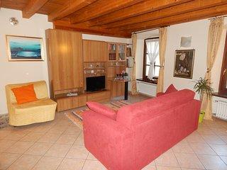 APPARTAMENTO PORTE PRETORIANE AOSTAcentro storico - Aosta vacation rentals