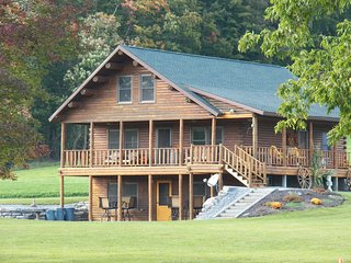 Cozy Cabin with Deck and A/C - Waterville vacation rentals