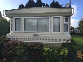 Luxury 6 berth static caravan for hire at Glebe park,Bridestowe,Devon. - Bridestow vacation rentals