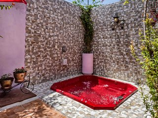 Private jacuzzi in a gorgeous house 10 minutes walk to Centro. Perfect location. - San Miguel de Allende vacation rentals