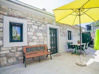 Apartments Boris - One Bedroom Apartment with Terrace and Sea View - Kamenari vacation rentals