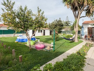 Happy Family Beach House 3km from Lagoon - Sesimbra vacation rentals