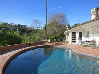 Villa Retreat in the Hills with Pool, Jaccuzi, City lights & Mountain veiws! - Palos Verdes Estates vacation rentals