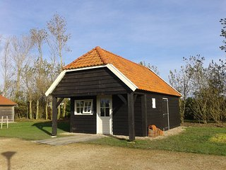 Boeren hut direct aan de Oosterschelde. - Stavenisse vacation rentals